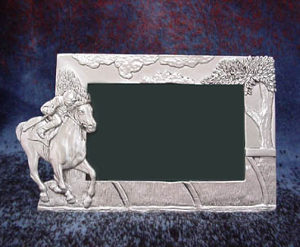 HORSE RACING PICTURE FRAME